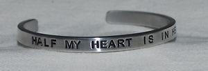 【送料無料】ブレスレット アクセサリ― ブレスレットバッグhalf my heart is in heaven wdad inside engraved, polished bracelet gift bag
