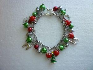 【送料無料】ブレスレット アクセサリ― クリスマスシルバーブレスレットツリートナカイサンタ*christmas silver tone charm bracelet treereindeersantawreath