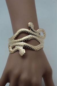 【送料無料】ブレスレット アクセサリ― カフブレスレットゴールドメタルファッションジュエリーコブラスネークトレンディラップアラウンドwomen cuff bracelet gold metal fashion jewelry cobra snake trendy wrap aroun