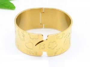 【送料無料】ブレスレット アクセサリ― ステンレススチールブレスレットアウト2018 womens dress stainless steel hollowed out width bracelets