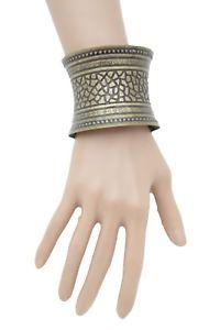 【送料無料】ブレスレット アクセサリ― アンティークビンテージゴールドメタルファッションカフブレスレットwomen antique vintage gold metal fashion cuff bracelet bulky textured ethnic