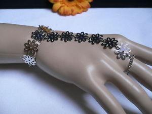 【送料無料】ブレスレット アクセサリ― シルバーフラワーハンドリンクチェーンファッションジュエリースレーブブレスレットリングwomen silver flower hand links chain fashion jewelry slave bracelet wrist ring