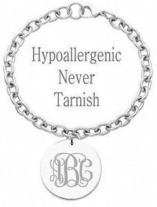 【送料無料】ブレスレット アクセサリ― パーソナライズモノグラムサークルブレスレットカスタムpersonalized monogram initial name circle charm bracelet custom engraved
