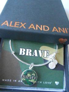 【送料無料】ブレスレット アクセサリ― アレックスワイヤーブレスレットシルバーalex and ani armed forces brave expandable wire bracelet shiny silver nwtbc