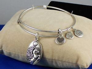 【送料無料】ブレスレット アクセサリ― アレックスラファエリアンシルバースワロフスキーアクセントペガサスブレスレットalex and ani rafaelian silver swarovski accent pegasus charm adjustable bracelet