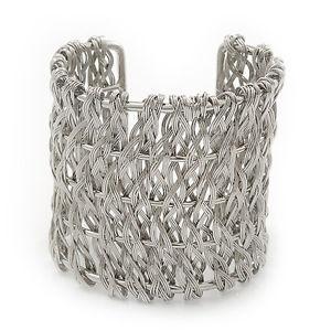 【送料無料】ブレスレット アクセサリ― ワイドシルバーワイヤーカフブレスレットwide woven wire cuff bracelet in silver tone up to 19cm wrist