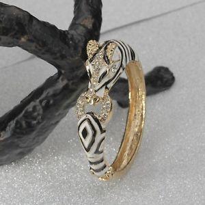 【送料無料】ブレスレット アクセサリ― ブレスレットタフビジネスゴールデンアニマルゼブラエナメルホワイトクリスタルレトロbracelet tough business golden animal zebra enamel white crystal marriage retro