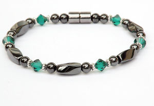 【送料無料】ブレスレット アクセサリ― emerald green swarovski crystal 1ブレスレットアンクレットwomens magnetic bracelet anklet with emerald green swarovski crystal 1 row
