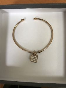 【送料無料】ブレスレット アクセサリ― ローズブレスレットスワロフスキーrose bracelet swarovski adjustable jar