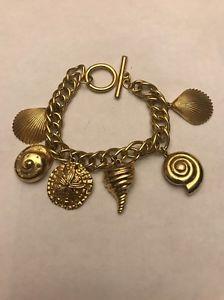 【送料無料】ブレスレット アクセサリ― ゴールドブレスレットbeautiful gold toned seashell variety charm bracelet free shipping
