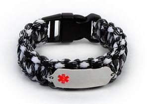 【送料無料】ブレスレット アクセサリ― カラーエンブレムウォレットカードブレスレットparacord medical id survival bracelet with color emblem free medical wallet card