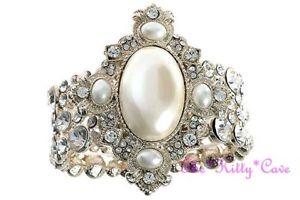 【送料無料】ブレスレット アクセサリ― ビンテージアールデコワイドゴールドパールカフブレスレットスワロフスキークリスタルvintage deco bridal wide gold pearl feature cuff bracelet w swarovski crystals