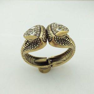 【送料無料】ブレスレット アクセサリ― メタルブレスレットゴールドヘッドスネークエジプトrigid bracelet gold working two head snake egypt queen