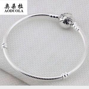 【送料無料】ブレスレット アクセサリ― スターリングシルバーラインストーンヘビチェーンブレスレット100 925 sterling silver basic rhinestone bowknot snake chain bracelet