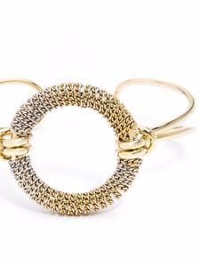 【送料無料】ブレスレット アクセサリ― サークルカフブレスレットombre circle cuff bracelet in gold and silver