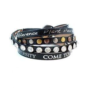 【送料無料】ブレスレット アクセサリ― メタリックレザーブレスレットスタッドボルトラップgood works make a difference wrap around divine metallic leather bracelet studs