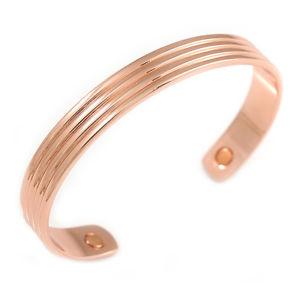 【送料無料】ブレスレット アクセサリ― カフブレスレットサイズmen women copper magnetic cuff bracelet with two magnets adjustable size 7