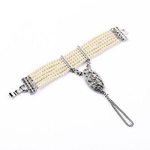 【送料無料】ブレスレット アクセサリ― ブレスレットチェーンシルバークリスタルパールレトロビンテージbracelet chain must silver crystal multirank pearl retro vintage original ct4