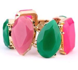 【送料無料】ブレスレット アクセサリ― pink emerald green chunkyアクリルラインストーンデザイナーステートメントブレスレットpink emerald green chunky resin acrylic rhinestone designer statemen