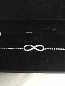 【送料無料】ブレスレット アクセサリ― シルバーブレスレットクリスマス nadri silver tone pave embellished infinity bracelet christmas gift