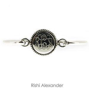 【送料無料】ブレスレット アクセサリ― スターリングシルバーロープヒンジカフブレスレットラウンド925 sterling silver round with rope edge hinged monogrammed cuff bracelet