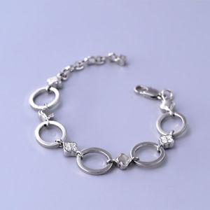 【送料無料】ブレスレット アクセサリ― ホワイトクリスタルシルバートーンリンクチェーンブレスレットdyrberg kern white crystal silver tone link chain statement bracelet