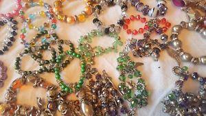 【送料無料】ブレスレット アクセサリ― ミックスカラーパールクリスタルガラスビーズブレスレットjoblot of 57 mixed color pearlamp;crystal glass beads  bracelets whole