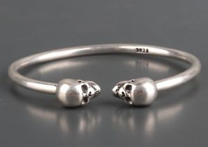 【送料無料】ブレスレット アクセサリ― 925クールブレスレットクリスマスlimited edition fine 925 silver hand carving skull cool bracelet christmas gift