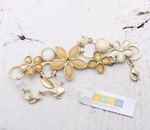 【送料無料】ブレスレット アクセサリ― ボームブレスレットガラスカボションフラワースワロフスキーベージュキラキラbohm bracelet glass cabochon flower swarovski beige shimmering sand gold bnwt