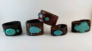 【送料無料】ブレスレット アクセサリ― カフブレスレットターコイズhandcrafted womans brown leather cuff bracelets, turquoise stimulated