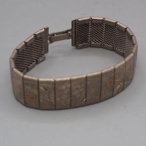 【送料無料】ブレスレット アクセサリ― ビンテージシルバーデザインブレスレットvintage engraved silver floral design elasticated bracelet
