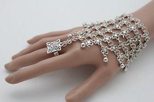 【送料無料】ブレスレット アクセサリ― チェーンファッションブレスレットスレーブリングwomen silver metal hand chain fashion bracelet slave ring flower