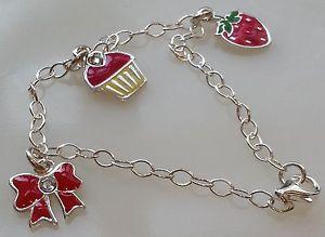 【送料無料】ブレスレット アクセサリ― シルバーエナメルクリスタルブレスレットemma bunton silver enamel and crystal three charm bracelet