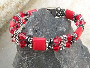 【送料無料】ブレスレット アクセサリ― crystals 2ブレスレットアンクレットジャスパーw ltシャムswarovskiwomens magnetic bracelet anklet red jasper w lt siam swarovski crystals 2 row