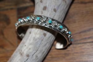 【送料無料】ブレスレット アクセサリ― シルバーカフブレスレットターコイズトルコファッションカジュアルsilver engraved cuff bracelet turquoise crystals fashion casual dress