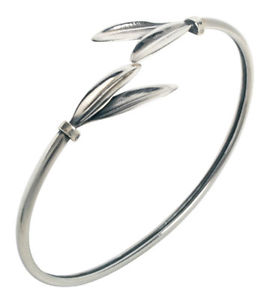 【送料無料】ブレスレット アクセサリ― olive leaf スターリングカフスブレスレットolive leaf sterling silver cuff bracelet