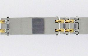 【送料無料】ブレスレット アクセサリ― 3 インターリンクb30gステンレスパネルブレスレット3 panel bracelet in stainless steel with gold plated interlinks b30g