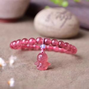 【送料無料】ブレスレット アクセサリ― ストロベリーラウンドビーズブレスレットnatural ice red strawberry quartz crystal round beads angel bracelet 8mm aaaa