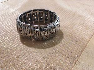 【送料無料】ブレスレット アクセサリ― ブライトンワイドストレッチシルバートーンブレスレットbrighton uluwatu wide stretch 7 silver tone bracelet z10