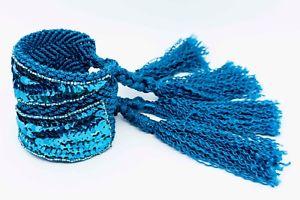 【送料無料】ブレスレット アクセサリ― マクラメスパンコールパッチブレスレットblue macrame bracelet with tassels and sequin patches