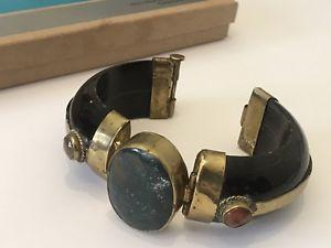 【送料無料】ブレスレット アクセサリ― ビンテージカフブレスレットブレスレットvintage cuff bracelet natural stones and metal trible boho statement bracelet