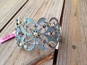 【送料無料】ブレスレット アクセサリ― ベッツィージョンソンgrunchブレスレットnwtbetsey johnson girlie grunch butterfly bracelet nwt