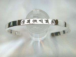【送料無料】ブレスレット アクセサリ― ハムスターリングシルバーカフブレスレットサンスクリットヨガom mani padme hum 100 925 sterling silver women cuff bracelet sanskrit yoga om