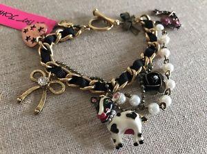 【送料無料】ブレスレット アクセサリ― ジョンソンパールブレスレットnwt 100 betsey johnson lovely cow horseshoe pearl bracelet
