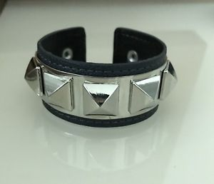 【送料無料】ブレスレット アクセサリ― bcbg maxazriaシルバーブレスレットbcbg maxazria bluesilver bracelet