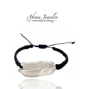 【送料無料】ブレスレット アクセサリ― abrauスターリングチャームコードブレスレットabrau sterling silver feather charm adjustable woven cord friendship bracelet