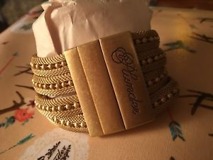 【送料無料】ブレスレット アクセサリ― trishabracletplunder jewelry trisha gold beads mesh braclet magnetic closure