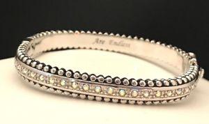 【送料無料】ブレスレット アクセサリ― シルバートーンクリスタルヒンジブレスレットkirks folly my possibilities are endless silver tone crystal hinged bracelet 2g