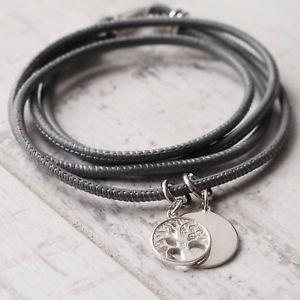 【送料無料】ブレスレット アクセサリ― パーソナライズポンドソフトレザーブレスレットシルバーファミリーツリーgirls personalised 925 sterling silver family tree of life soft leather bracelet