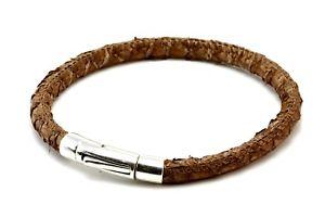 【送料無料】ブレスレット アクセサリ― メンズサーモンmens leather braceletgenuine salmon leathersterling silver claspbrown